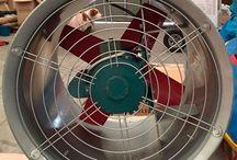 Turbina Axial cilindrica multifuncion 2800 R.P.M // 670W 220/240V / Turbina cilindrica  multifuncion  2800 R.P.M  // 670W  220/240V        43 cm de diametro    Homologada  para  la union europea     APTO PARA MAQUINAS DE PROYECCION  DE ESPUMA     PARA  FIESTAS Y EVENTOS