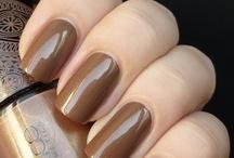 Nails: Winter Colors