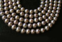 Fresh Water Pearls > Champagne-Beige Pearls / Champagne-Beige Fresh Water Pearls.