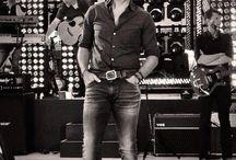 Country & Luke Bryan<3