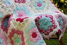 Grandmothers Flower Garden Quilt