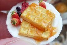 Miniature waffle & pancake / Waffle