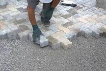 Bloco Intertravado / Conheça as vantagens de se instalar Bloco Intertravado no chão da parte externa da sua casa através da empresa Concreto São Paulo.