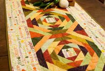 TABLE RUNNERS & TABLECLOTH & PLACEMATS