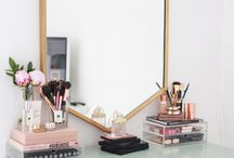 DRESSING TABLE. / Vanity Units, Dressing Tables and make up storage ideas. From modern to vintage, high end to DIY.