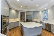 Kitchen Projects / Superior Renovations & Construction is here to help you create the kitchen of your dreams! Schedule a consultation with us and tell us more about your kitchen remodeling project!