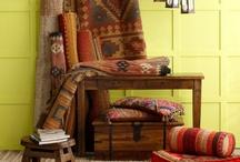 ColorMix India / Esta colección ha sido traída directamente de India para que puedas decorar tu hogar con la explosión de colores tan peculiar de este estilo, además de maravillosos muebles y alfombras que entregarán paz y misticismo a tus habitaciones. Encuéntralo aquí http://www.easy.cl/especial-india