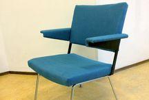Refresh Your Vintage_also known as TypischJacco / Her-stofferen van design meubelen