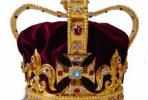 Luxury Crowns and Tiaras / Superb and precious royal and imperial Crowns and Tiaras of the world in the centuries: fine and noble jewellery art