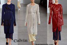 Calvin Klein / Calvin Klein collezione e catalogo primavera estate e autunno inverno abiti abbigliamento accessori scarpe borse sfilata donna.