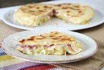 Torta salata veloce cippola tonno e mozzarella