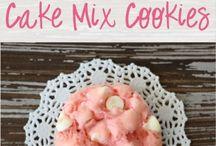 cake mix cookiess / by Serena Masdea