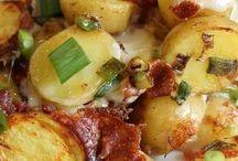 Crockpot recipes / by Kari Shuman-Balalioui
