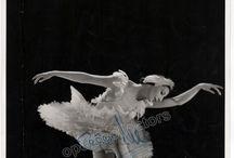 Favorite Ballet Autographs & Memorabilia / Our selection of great autographs & memorabilia from famous ballet dancers