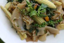 Recipes: The Main Dish / by Audrey Maldonado
