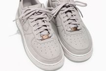 Shoesis