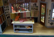 Dollhouse quilt shop / by Paula Dascoli