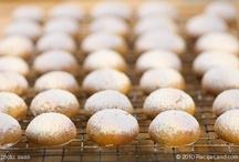 Food- Cookies / by Debra Hempe