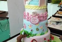 Fairy Tail Cakes / by Mariya Yordanova
