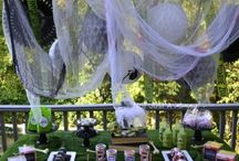 Halloween Party Decor / by Taryn Windheim