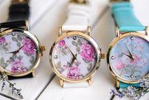 """Đồng Hồ Chính Hãng Giá Rẻ Tại TPHCM / Hiện nay, nhu cầu mua đồng hồ chính hãng tại TPHCM rất lớn. Rất nhiều khách hàng đã """"ái ngại"""" với tình trạng hàng giả – kém chất lượng. Ai cũng muốn lựa chọn cho mình mẫu đồng hồ chính hãng đẹp nhất với mức giá rẻ nhất! Còn bạn thì sao?"""