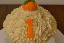 Halloween Cake Smash 1st b'day