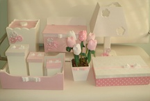 cajas pintadas para ajuar de bebe