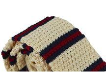 DAS023 / Fashion inspiration for Knitted Striped Tie: http://www.mightygoodman.nl/nl/english-fashion-gebreide-stropdas-creme-met-strepe.html