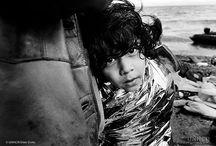 L'ONU & les photographes / Photographes professionnels ou membres du personnel. Ils sont nombreux à photographier le monde pour l'ONU. Ce tableau met leur travail en lumière.  / by Nations Unies