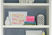 Home Decor: Shelves / How to style shelves, home accents