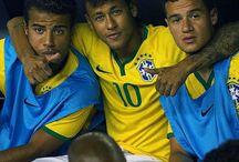 Neymar , Rafinha i Coutinho