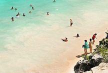 Tulum: Mayan Ruins and Beaches / Ancient mayan fortress in Riviera Maya