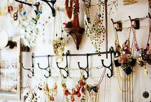 Organizing Jewelry/ Craft Studio / by PiliChepper