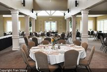 Meetings & Events at Old Kinderhook / With over 11.000 square feet of flexible meeting space, Old Kinderhook is the perfect place to hold your meetings at the Lake of the Ozarks. On-Site audio visual capabilities, as well as high speed internet access and WiFi are available for your use.
