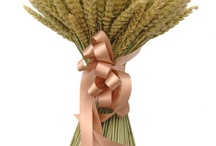 Wheat Wedding Flowers / A selection of wedding flowers made with or incorporating natural wheat.