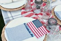 Red, White, And Blue Entertaining / American Holidays Are Noir Blanc Interiors favorite weekend parties. House Guests at the beach, pool parties with friends and family, celebrate America by entertaining with red, white, and blue themes and food.