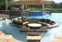 Backyard Ideas / Pinning inspiration to create your own backyard oasis.