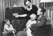 Audiovisual Media OFF / Audiovisual Media's Postcards in the analog era