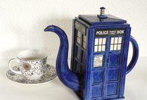 tea pots, fancy cups & tea parties / by Beverley Gillanders