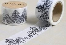 Washi tape / Washi tape is a true winner for friends of arts and crafts. The slightly transparent Japanese washi masking tape is super versatile, easily detachable, writable and easy to reposition. We carry masking tapes in many different colours and beautiful patterns. High quality!