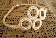 bracciali e anelli uncinetto