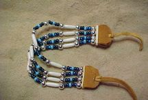 beaded vhokers,necklace