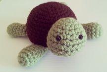 Create: Crochet Animals: Reptiles / Turtles, Snakes, Alligators, Crocodiles, Geckos, Lizards, Chameleons, Komodo Dragons, Frogs, Tortoises, Newts, Iguanas, Axolotls / by Kaitlyn L