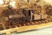 Narrow Gauge Locomotive & Car
