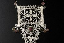 lace jewel