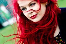Character Inspiration: Red Head Women / - Hair with Shades of Red -