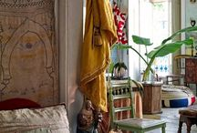 . . . H I P P I E . C H  I C . . . / Hippie, bohem, gipsy, carefree way of style home deco