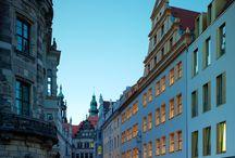 Hyperion Hotel Dresden am Schloss / Seit dem 1. Mai 2017 dürfen wir das Hyperion Hotel Dresden am Schloss in unserer Hotelgruppe begrüßen. Für Euch bietet das Hotel viel Komfort, tollen Service und eine super zentrale Lage mitten in Dresden.