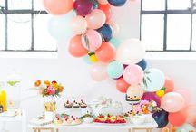 // Balloon arch