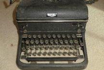 Vintage Typewriters / Vintage typewriters, such as Oliver, Royal, Corona, and more